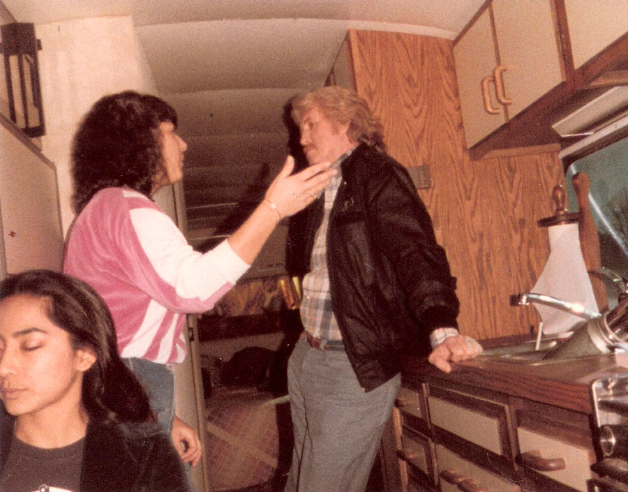 Kari Estrin in the Bluegrass Album Band Tour Bus 1985 with J. D. Crowe and Leela Satyendra Rice