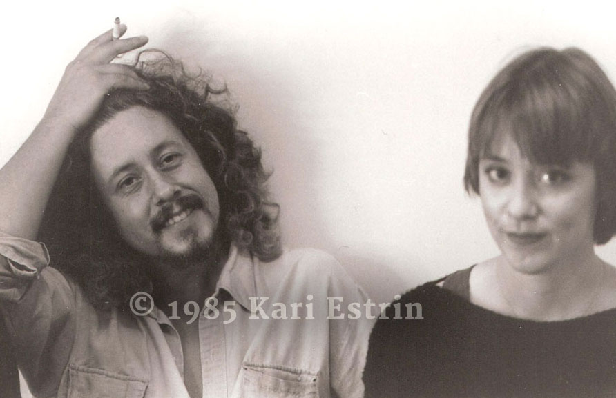 Arlo Guthrie and Suzanne Vega backstage